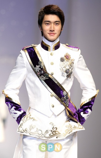SUPER-JUNIOR20100305.jpg