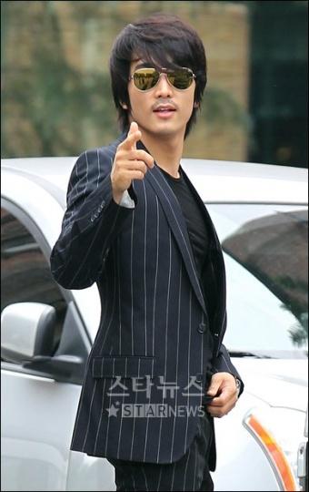 SongSeung-heon20100618.jpg