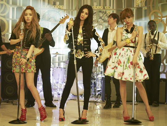 girls-generation20120507.jpg
